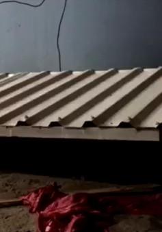 Thừa Thiên Huế: Sập nhà khiến 3 người bị thương