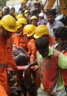 Sập nhà tại Ấn Độ: Số người thiệt mạng tăng lên 17