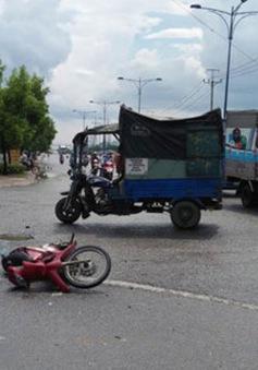 TP.HCM: Say xỉn tông xe máy vào xe ba gác, 3 người nhập viện