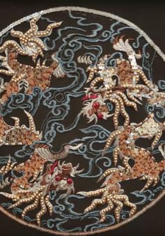 Nhiều tác phẩm nghệ thuật, đồ vật quý hiếm được đấu giá trong chương trình QUI E ORA