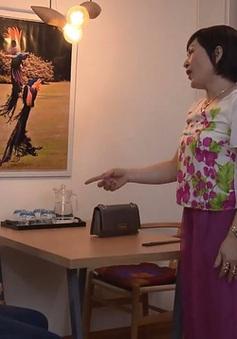 Những người nhiều chuyện - Tập 13: Lén lút hẹn hò, Phong - Trinh vẫn không thể qua mặt bà cô già hóa cáo