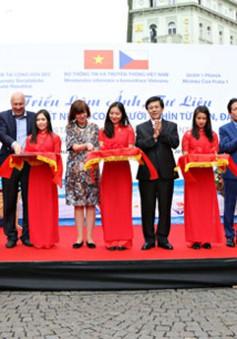 Triển lãm tranh ảnh Việt Nam, chủ quyền biển đảo tại CH Czech