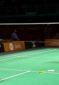 VIDEO SEA Games 29: Tiến Minh ngược dòng đánh bại tay vợt chủ nhà ở tứ kết cầu lông đơn nam