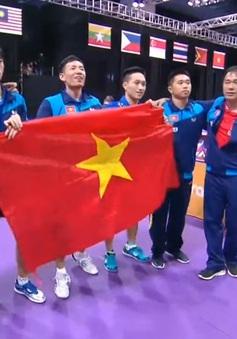 VIDEO SEA Games 29: Thắng thuyết phục ĐT Singapore, ĐT bóng bàn Việt Nam giành HCV đồng đội nam