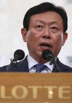 Lãnh đạo Tập đoàn Lotte ra tòa
