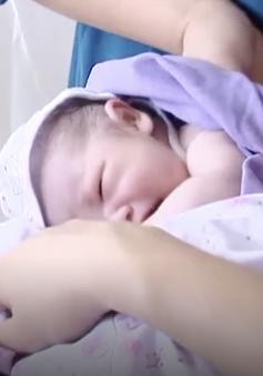 Áp dụng chăm sóc bà mẹ và trẻ sơ sinh theo cách mới