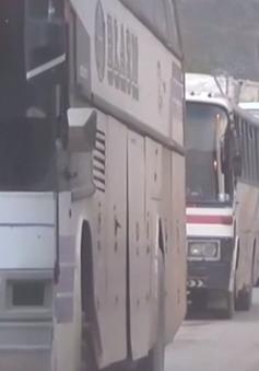 Hàng nghìn người dân Syria đi sơ tán
