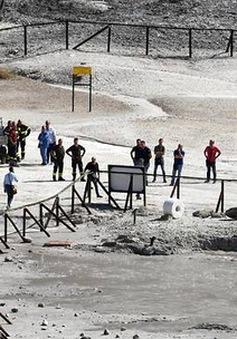 3 người thiệt mạng vì rơi xuống núi lửa ở Italy