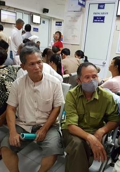 Các bệnh viện tại Hà Nội quá tải bệnh nhân sốt xuất huyết