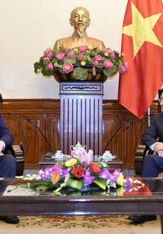 Tập đoàn Taekwang báo cáo PTTg Phạm Bình Minh về nhà máy nhiệt điện Hải Hậu