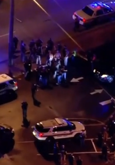 Tấn công cảnh sát ở Mỹ, làm 6 người thương vong