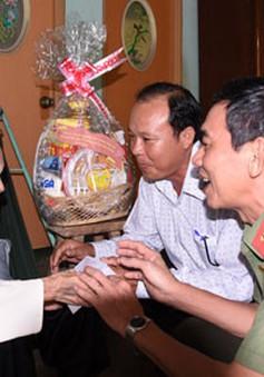 29 tỷ đồng dành tặng quà Tết cho gia đình chính sách tỉnh Tiền Giang
