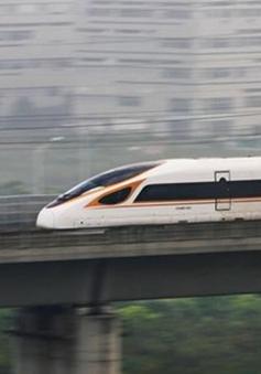 Trung Quốc nợ 700 tỷ USD sau khi phát triển tàu siêu tốc