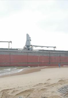 Hoàn thành trục vớt thêm 2 tàu hàng chìm tại vịnh Quy Nhơn, Bình Định