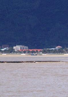 Tàu chìm kéo theo nguy cơ tràn dầu ở Quy Nhơn