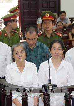 Tây Ninh: Phạt tù nhóm buôn lậu xe ô tô tiền tỷ
