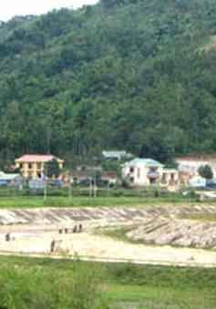"""Quảng Ngãi: Cán bộ ở huyện Tây Trà bổ nhiệm sai quy định do thiếu văn bằng, chứng chỉ """"phụ"""""""