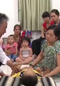 Thầy thuốc hơn 20 năm chữa bệnh hiểm nghèo cho trẻ em