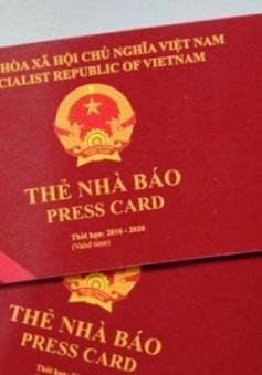 Thu thẻ nhà báo nguyên Trưởng VPĐD báo Kinh doanh & Pháp luật tại Hải Phòng