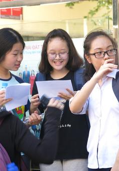 Thi THPT Quốc gia: Thu bản chính bằng tốt nghiệp của thí sinh tự do?