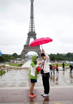 Pháp rút ngắn thời gian chờ cấp thị thực cho du khách