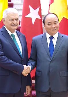 Thủ tướng Thổ Nhĩ Kỳ bắt đầu chuyến thăm chính thức Việt Nam