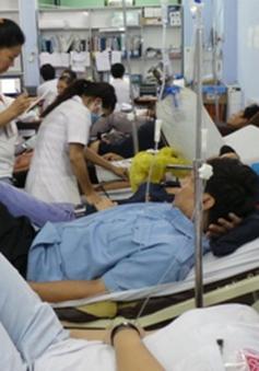 TP. HCM: Công nhân nhập viện hàng loạt do bệnh lý rối loạn phân ly