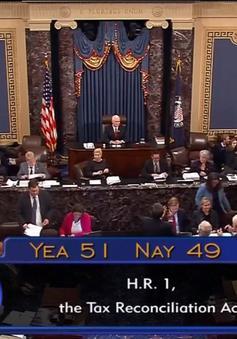 Thượng viện Mỹ thông qua dự luật cải cách thuế lớn nhất trong hơn 3 thập kỷ