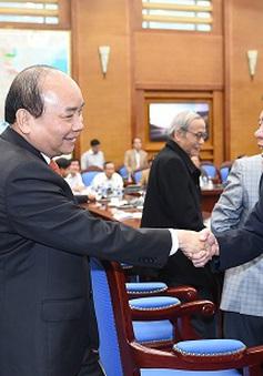 Thủ tướng mong cán bộ lão thành Quảng Ngãi hỗ trợ cho lãnh đạo tỉnh trong chỉ đạo