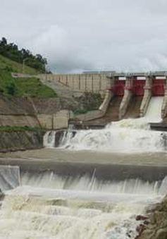 Phú Yên: Hai nhà máy thủy điện tăng tổng lưu lượng xả lũ lên hơn 5.000 m3/giây