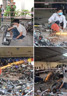 Tiêu hủy hơn 2.300 loại vũ khí và công cụ hỗ trợ tại Đồng Nai