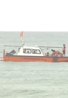 Tìm kiếm ngư dân Quảng Nam mất tích do lốc xoáy