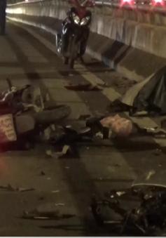 TP.HCM: Văng vào thành cầu sau va chạm, 1 người tử vong
