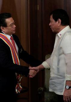 Tổng thống Philippines trao huân chương cao quý cho Đại sứ Việt Nam
