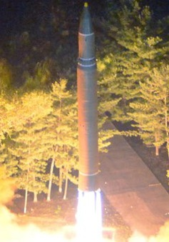Vụ phóng tên lửa của Triều Tiên: Trung Quốc kêu gọi các bên kiềm chế