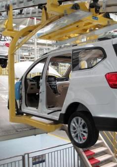 Trung Quốc: Hoạt động sản xuất của các nhà máy lần đầu thu hẹp