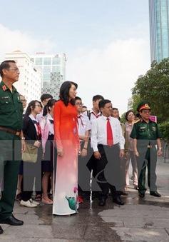 """Triển lãm ảnh """"Chủ tịch Hồ Chí Minh sống mãi trong lòng dân tộc Việt Nam"""""""