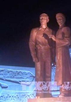 Khánh thành tượng đài Nguyễn Sinh Sắc - Nguyễn Tất Thành tại Bình Định
