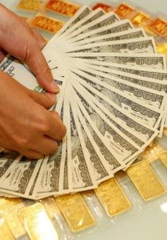 Giá vàng trong nước giảm theo giá thế giới