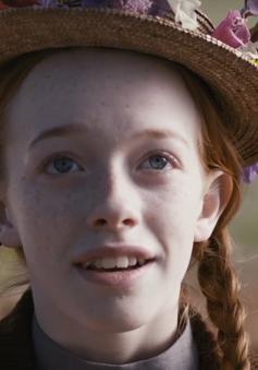 """Phim """"Anne tóc đỏ"""" tái xuất trên truyền hình sau 32 năm vắng bóng"""