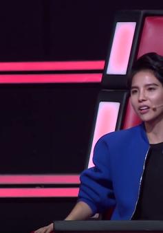 """Giọng hát Việt nhí: Vũ Cát Tường """"xoắn não"""" trong vòng Đối đầu"""