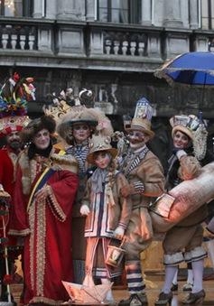 Lễ hội hóa trang khiến Venice như trở lại thời Phục Hưng