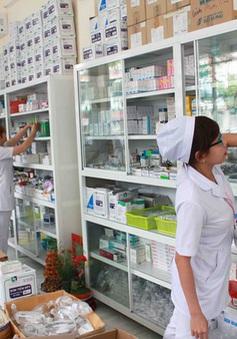 Việt Nam chi tiền nhập thuốc chữa bệnh nhiều hơn tiền nhập xe hơi