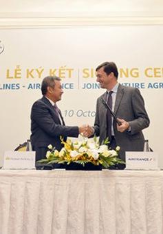 Vietnam Airlines ký kết hợp tác toàn diện với Air France