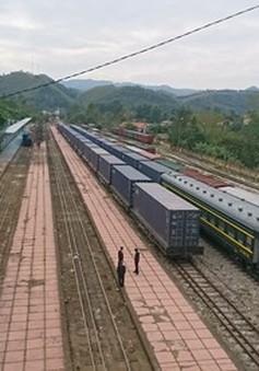 Đoàn tàu chuyên container đầu tiên liên kết giữa Việt Nam và Trung Quốc