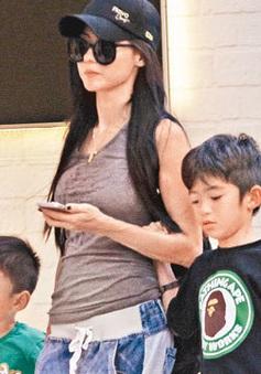Trương Bá Chi không còn tình cảm với Tạ Đình Phong, khẳng định đang sống hạnh phúc