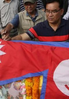 Nepal cân nhắc độ tuổi tối đa với người chinh phục đỉnh Everest