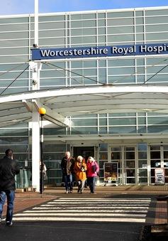Anh: Nguy cơ khủng hoảng nhân đạo do bệnh viện quá tải