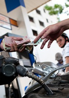 Giá xăng dầu tăng lần thứ 4 liên tiếp