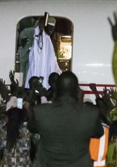 Cựu Tổng thống Gambia biển thủ ngân quỹ quốc gia